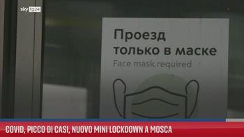 Covid, picco di casi, nuovo mini lockdown a Mosca